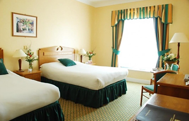 Things to do in County Cork, Ireland - Quality Hotel & Leisure Club, Clonakilty - Family Rooms - YourDaysOut - Photo 2
