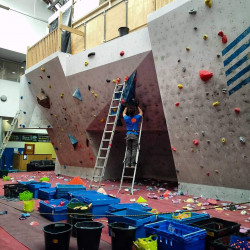 Things to do in England Manchester, United Kingdom - Rock Over Climbing - YourDaysOut