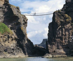 Things to do in Northern Ireland Ballycastle, United Kingdom - Carrick-a-Rede Rope Bridge - YourDaysOut