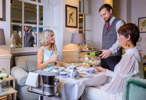 Things to do in County Cork, Ireland - Save on afternoon tea at The Metropole - YourDaysOut